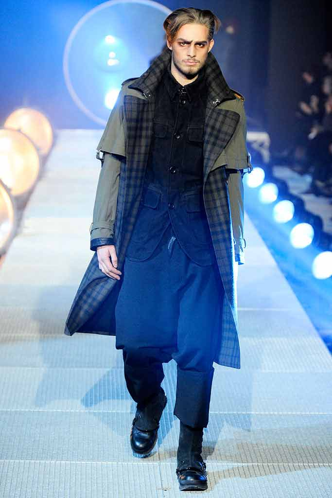 Romantic LOOK от John Galliano Fall 2010