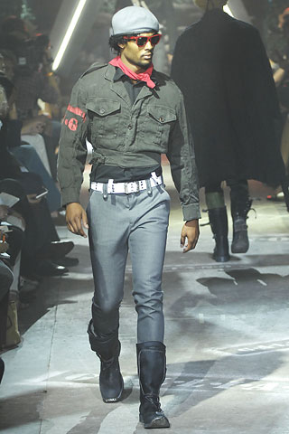 Military look John Galliano spring 2008